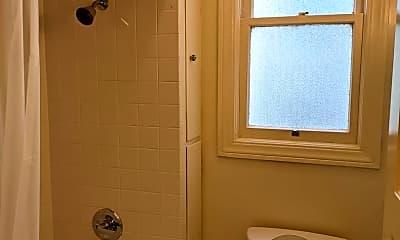 Bathroom, 1040 Cole St, 2