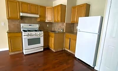 Kitchen, 694 Summit Ave, 1