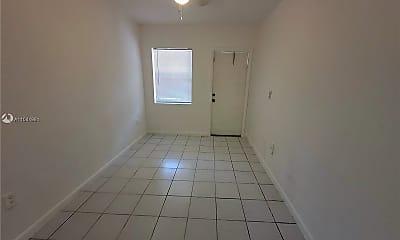 3669 Thomas Ave 6, 1