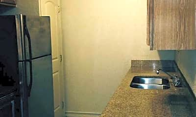 Kitchen, Perry Square Apartments, 1