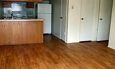 Kitchen, 500 College Ave, 1