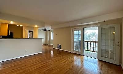 Living Room, 2510 Markham Ln 5, 0