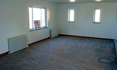 Living Room, 616 Sunberry St, 1