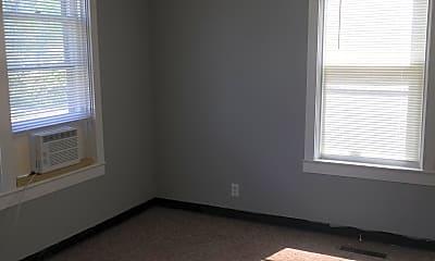 Bedroom, 501 E Miller St, 1