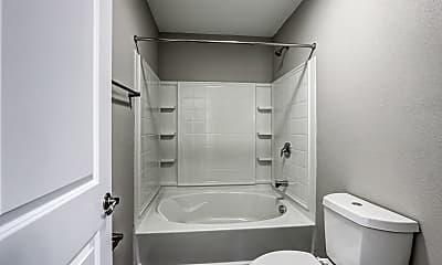 Bathroom, Fairfield Lakes, 2