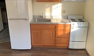 Kitchen, 454 W Dayton St, 2