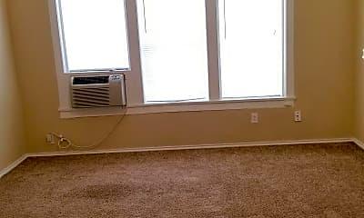 Living Room, 1403 N Emporia Ave, 1