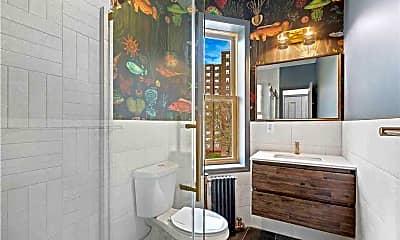 Bathroom, 2610 3rd Ave. 3A, 2