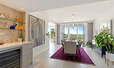 Living Room, 781 Crandon Blvd 506, 1