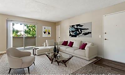 Living Room, 725 N Fig St, 1