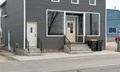 Building, 5631 County Rd U, 2