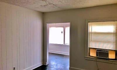 Kitchen, 118 E Burnett Ave, 2