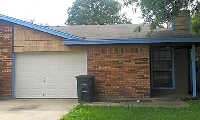 Building, 2218 Spicewood Dr, 1