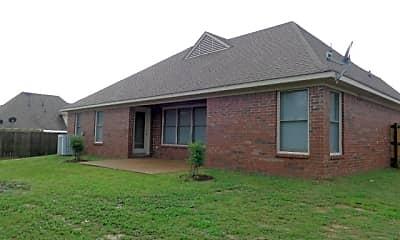Building, 1346 Trail Ridge Lane, 2