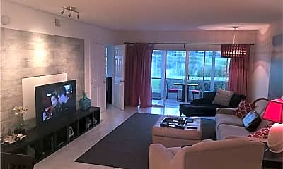 Living Room, 2751 N Palm Aire Dr 102, 0