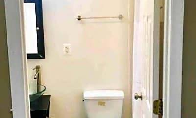 Bathroom, 37 R St NW, 0