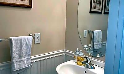 Bathroom, 113 Jamestown Blvd, 2