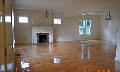 Living Room, 250 Greenwood Pl, 1
