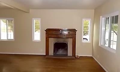 Living Room, 2802 E Linden St, 1