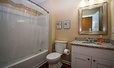 Bathroom, Room for Rent - Live in Woodstock, 2