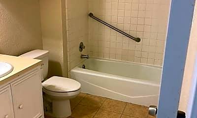 Bathroom, 419 W Spruce Ave, 2