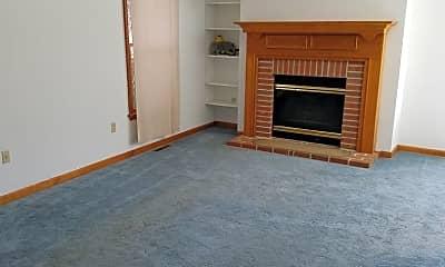 Living Room, 241 Reichenbaugh Ln, 2