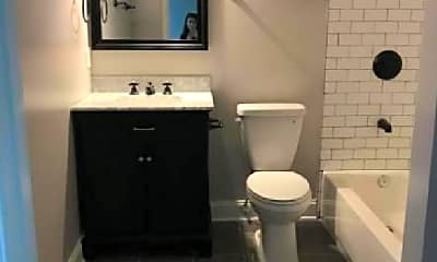 Bathroom, 1024 8th St NE, 0