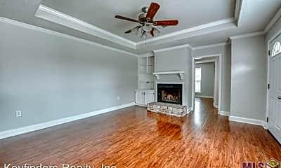 Living Room, 3501 Myrtle Grove Dr, 1