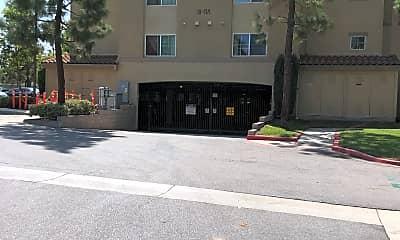 Laguna Canyon Apartments, 2