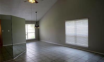 Living Room, 21010 Bridgeview Cir, 0