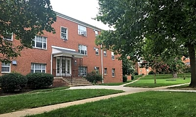 North Pointe Apartment Homes, 2