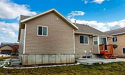 Building, 829 N 730 W, 1