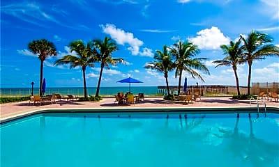 Pool, 4800 Florida A1A 310, 1