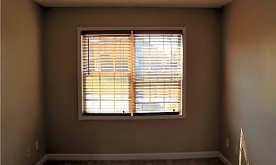 Bedroom, 196 Linden Rd, 2