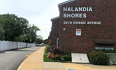 Halandia Shores, 1