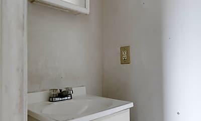 Bathroom, 746 Kirkham St, 2