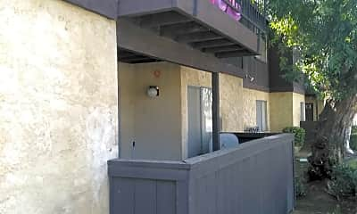 El Potrero Apartments, 0