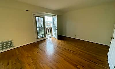 Living Room, 2512 Markham Ln, 2