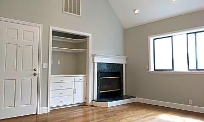 Bedroom, 928 Valencia St, 1
