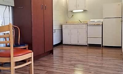 Kitchen, 401 N Maple St, 0