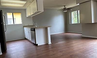 Living Room, 340 W Duarte Rd, 0