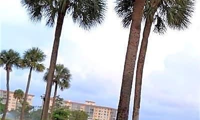 Building, 3150 N Palm Aire Dr 801, 2