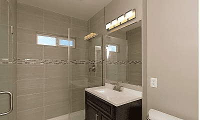 Bathroom, 3335 Nile St, 2