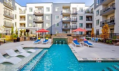Pool, Avenue 80, 0