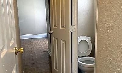 Bathroom, 5303 Jefferson St, 2