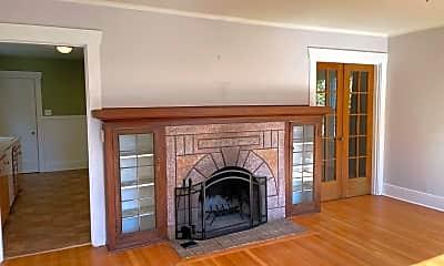 Living Room, 340 N 84th St, 1