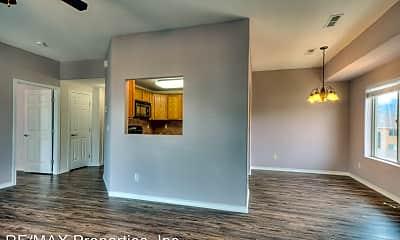 Living Room, 1590 Little Bear Creek Point, 2