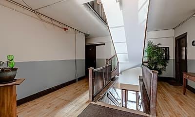 Patio / Deck, 1415 W Morse Ave, 2
