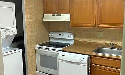 Kitchen, 7900 S Colony Cir 102, 1