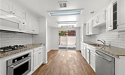 Kitchen, 1587 Catalina St, 1